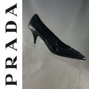 PRADA Patent Leather Pointed Toe Classic Pumps 8